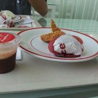Photo taken at KFC by Bimo N. on 9/9/2011