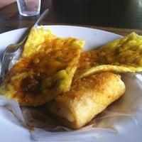 Photo taken at Cafe Orange Kampus Fisip Unpad Dago by Aditya Z. on 3/15/2012