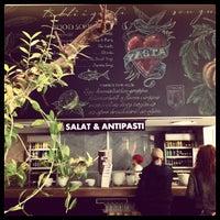 Photo taken at Vapiano by Yael C. on 4/10/2012