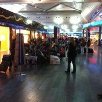 Photo taken at Burger King by Özcan M. on 2/19/2012
