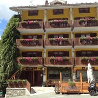 Photo taken at Albergo Alpenrose by Albergo Alpenrose di Franco Bieler on 7/7/2012