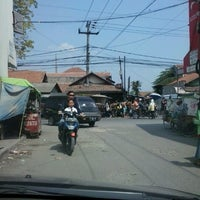 Photo taken at Tukang Cilok by deni e. on 8/4/2012