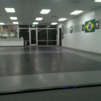 Photo taken at Gauntlet Brazilian Jiu Jitsu by Leonardo E. on 1/14/2012