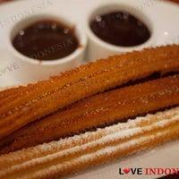 Photo taken at Churreria Spanish Chocolateria by Love Indonesia on 9/14/2011