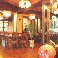 Photo taken at Hello Thai Restaurant by Munju Y. on 4/28/2012