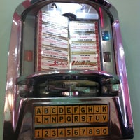 Photo taken at Peggy Sue's by Pedro A. on 9/18/2011