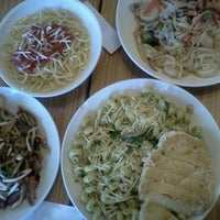Photo taken at Noodles & Co by Carlan T. on 7/27/2012