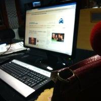 Photo taken at Rádio O POVO CBN Fortaleza FM 95.5 by Taziane A. on 7/9/2012