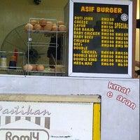 Photo taken at Asif burger by Miz BuMby A. on 4/4/2012