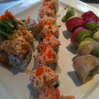 Photo taken at Domo Japanese Restaurant & Sushi Bar by Glenn F. on 4/24/2012