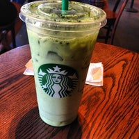 Photo taken at Starbucks by Lena Yujung L. on 7/8/2012
