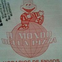 Photo taken at IL Mondo della Pizza by Marcelo S. on 11/23/2011