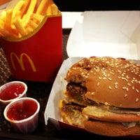 Photo taken at McDonald's by Atchana T. on 11/9/2011