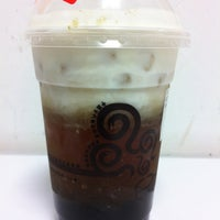Photo taken at 貢茶 Gong Cha by Da Jocular A. on 11/28/2011