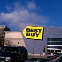 Photo taken at Best Buy by Paul F. on 12/17/2011