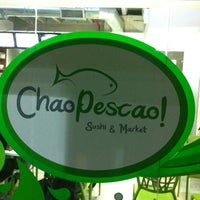 Photo taken at Chao Pescao Sushi Market by Ivan C. on 3/24/2012
