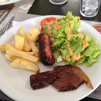 Photo taken at Veredicto Bar by Vitor Vargas C. on 4/20/2012