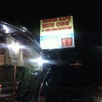 Photo taken at Bubur Sapo Bun Ong (24 jam) by Tedus L. on 4/1/2012