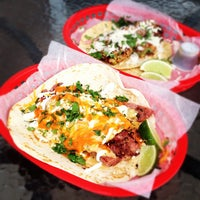 Photo taken at Torchy's Tacos by Kevin C. on 3/8/2012