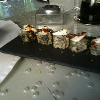 Photo taken at Restaurante Yakuza by Sérgio F. on 3/14/2012
