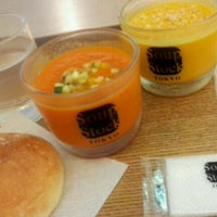 Photo taken at Soup Stock Tokyo 京急品川店 by Yuko F. on 8/11/2012