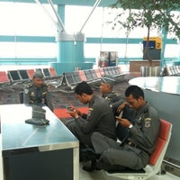 Photo taken at X-Ray Cabin Int'l Terminal 3 by Choerul I. on 8/1/2012