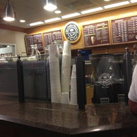 Photo taken at The Coffee Bean & Tea Leaf by Nathalie on 8/25/2012