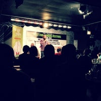 Photo taken at Jokes And Notes Comedy Club by Patrick N. on 6/16/2012