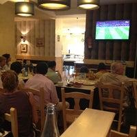 Photo taken at La Mafia se sienta a la mesa by Fernando M. on 7/1/2012