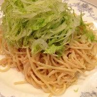 Photo taken at HASHIYA 幡ヶ谷店 by Pomu T. on 8/18/2012