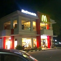Photo taken at McDonald's by Ika S. on 6/14/2012
