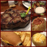Photo taken at Roadhouse Grill by Jelica L. on 5/29/2012