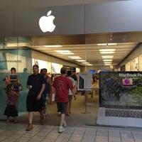 Photo taken at Apple Maine Mall by AlohaKarina 🌺🌈🏄🏻🍹 on 7/2/2012