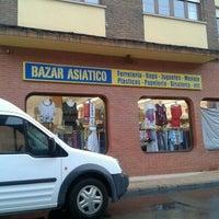 Photo taken at Bazar Asiatico by @TaxiAstur T. on 6/5/2012