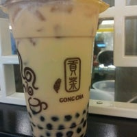Photo taken at 貢茶 Gong Cha by Jason L. on 3/6/2012