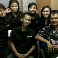 Photo taken at Harmoni Takalar 97.0 FM by Yopi H. on 7/9/2012
