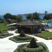 Photo taken at The St. Regis Mardavall Mallorca Resort by Javier G. on 7/14/2012
