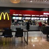Photo taken at McDonald's by Flavio V. on 5/9/2012