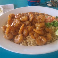 Photo taken at Wahoo's Fish Taco by Eric N. on 2/8/2012