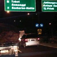 Photo taken at Tol Dalam Kota [Tebet - Semanggi] by Wslestari n. on 3/12/2012