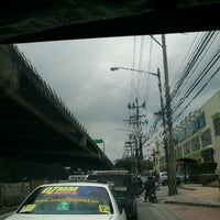 Photo taken at West Service Road by Joel G. on 8/11/2012