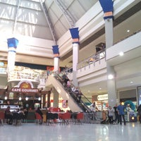 Photo taken at Shopping do Vale by Wagner D. on 5/26/2012