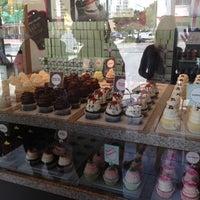 Photo taken at Gigi's Cupcakes by Lisa C. on 6/6/2012