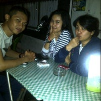 Photo taken at Cirkel Crowd and Coffee by BAYU A. on 3/24/2012