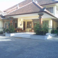 Photo taken at Ruang Pertemuan SMAN 3 Denpasar by tamee p. on 9/13/2012