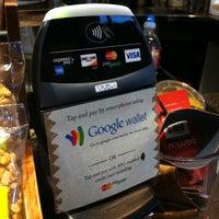 Photo taken at Peet's Coffee & Tea by Ryota K. on 5/1/2012