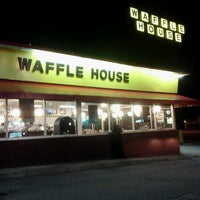 Photo taken at Waffle House by Micah A. on 8/18/2012