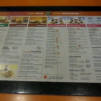 Photo taken at Tropical Smoothie Cafe by Devie on 6/12/2012