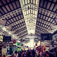 Photo taken at Mercat Central by Daniel R. on 8/18/2012