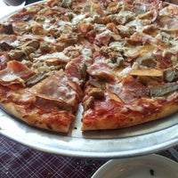 Photo taken at The New Yorker Pizza & Restaurant by techmonkey74 S. on 8/20/2012